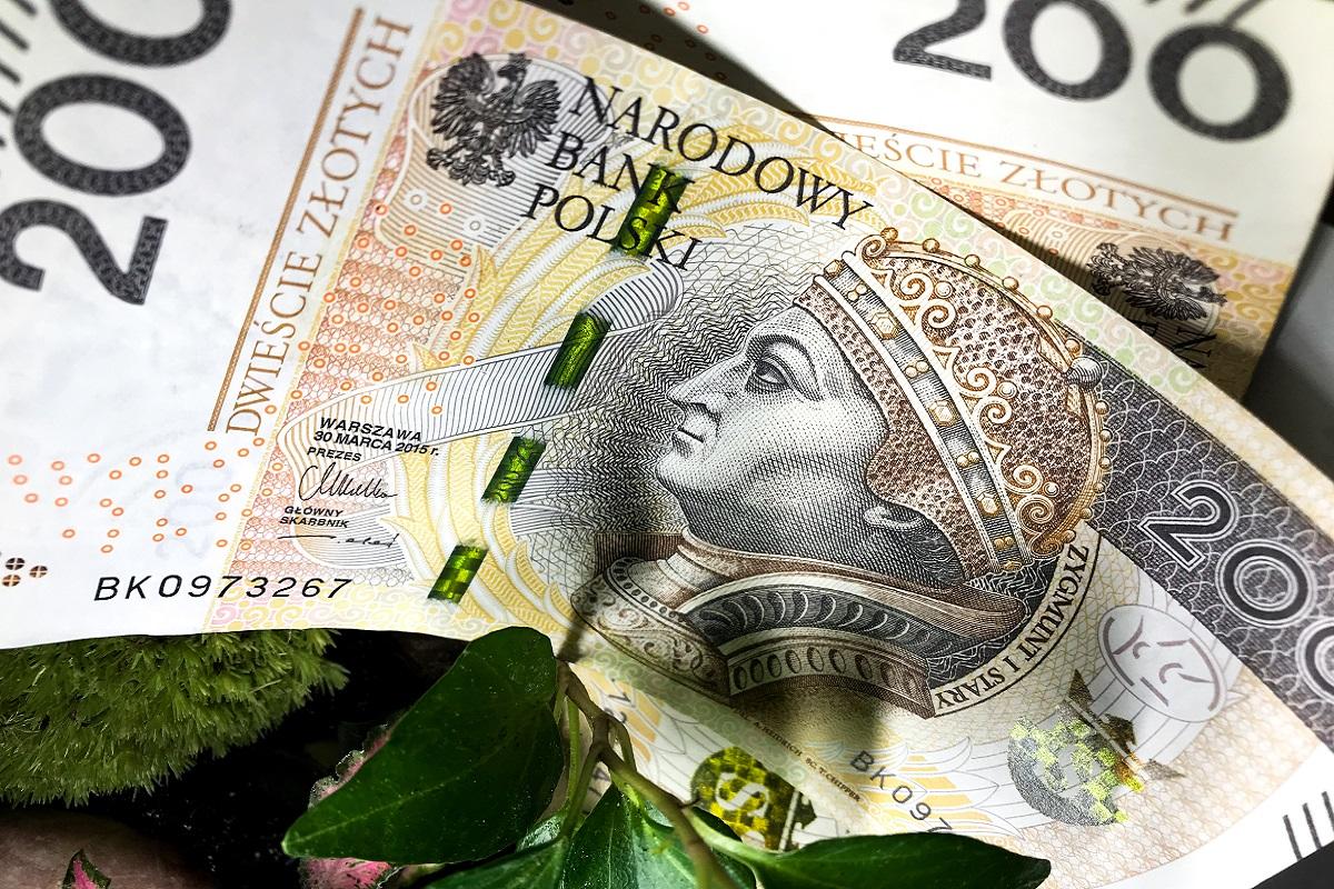 Kiedy warto przewalutować kredyt we frankach?